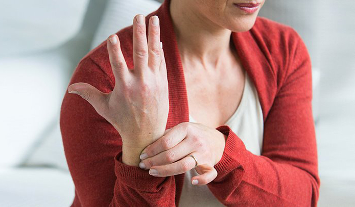 Carpal Tunnel Syndrome Relief: 7 Home Remedies